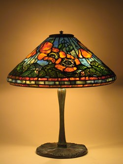 Poppy on mushroom base