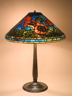 Poppy on round stick base