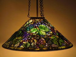 Grape shade, 3-chain fixture