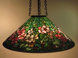 Hollyhock shade , 3-chain fixture